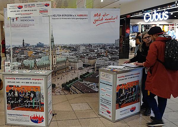 Infostand der FreiwilligenBörseHamburg im Billstedt Center